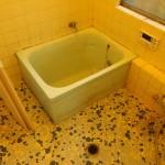 浴室。水栓はDIYで交換済