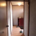 廊下部分。陽の入り方が良い感じ。