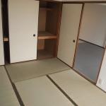 リビングに隣接した和室。