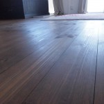 床はひのきです。