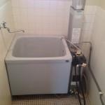 お風呂は給湯器に変更(ガチャガチャしなくてもよいお風呂になります。)