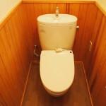 トイレもログハウス風に交換済みです。