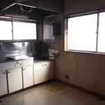 1階キッチン。