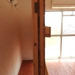 棚を動かせばちょっとしたお部屋みたいに使うこともできます。