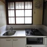 新品のキッチン