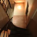 階段部分もレトロでカッコいい