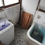 お風呂と洗濯機置場