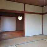 1代目が奥の和室の床を木材に作り変えてくれました。