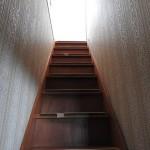 階段を登ります