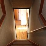 2Fから階段