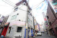上野の繁華街でチャレンジ。