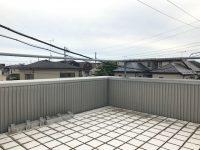 屋上のある 4層メゾネット
